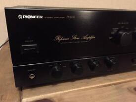 Pioneer A676 Amplifier