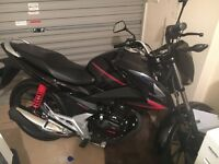 Honda CB125, immaculate showroom condition ! Less than 100miles on clock. First to see will buy