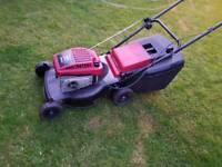 Mountfield HP470 petrol lawn mower and grassbox