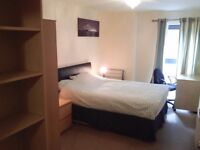Fantastic big comfortable room, very close to tube, all inclusive rent, 24 hrs free gym and wifi