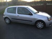 2007 57 Renault clio 1.2 ideal first car or cheap runabout
