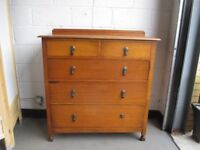 VINTAGE OAK FIVE DRAWER CHEST OF DRAWERS FREE DELIVERY