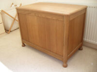 Bedding Box, Large, Wood, Excellent Condition