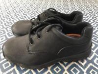Timberland boys black leather shoe