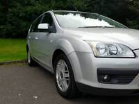 FORD FOCUS 2005 GHIA ESTATE MOT TILL 25/09/2017 EXCELLENT CONDITION FULLY FUNCTION
