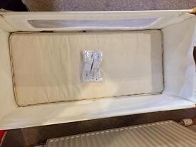 Snuzpod 3 in 1 bedside crib