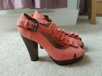 TOPSHOP coral pink suede peep toe platform shoes UK size 6 (39)