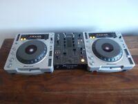 Pioneer cdj 800 mk2 + pioneer djm400 2 channel mixer excellent condition