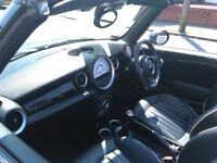 **REDUCED** Mini Cooper Convertible 1.6 with Chili Pack and FULL leather interior