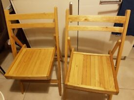 Dinning table with 2 folding chairs