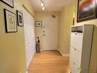 Large, renovated one bedroom great for professionals or students