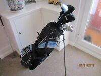 Dunlop 65 Set Of Clubs and Bag