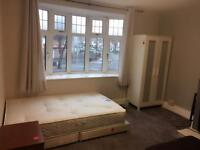 One double bedroom in cv24bl walsgrave Rd to rent