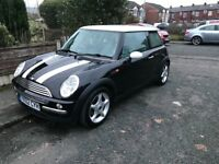 BMW Mini Cooper 1.6 full leather heated seats. Not ford Vauxhall vw Volvo Mercedes