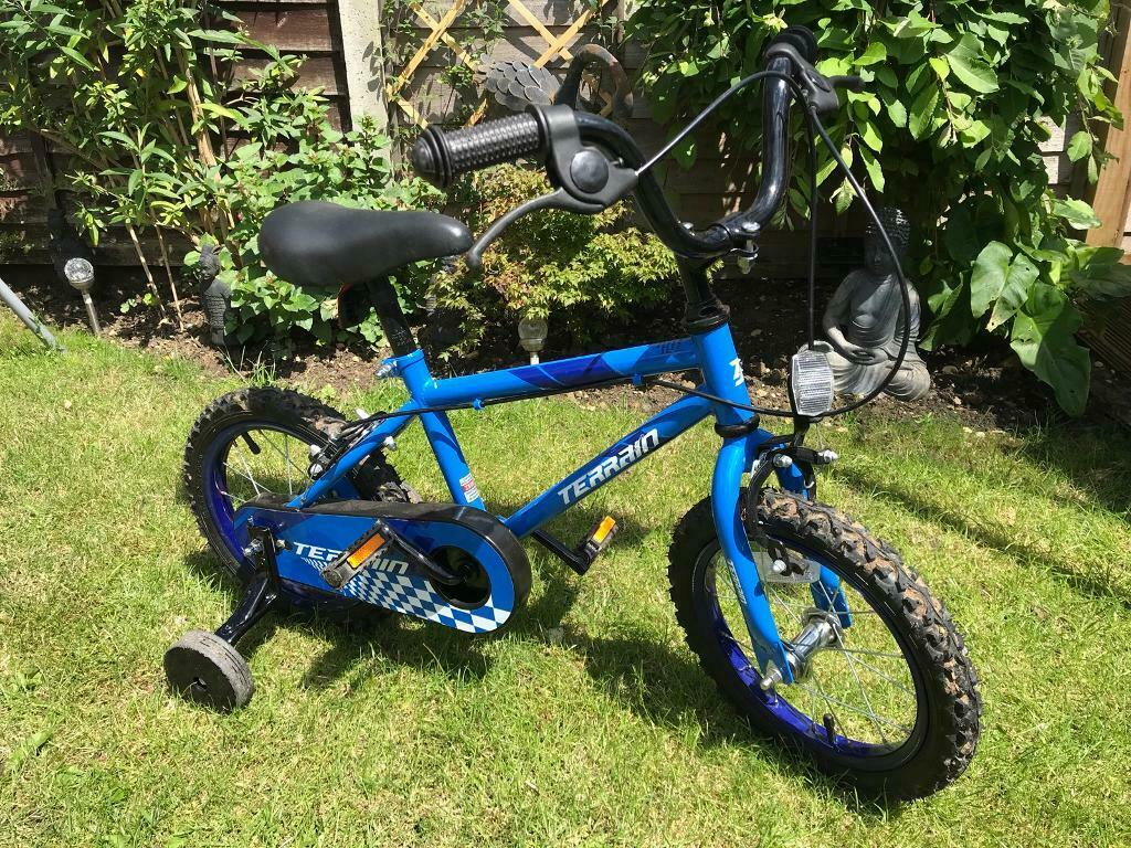 3951cc8147a Childrens first bike with removable stabilisers | in Stowmarket, Suffolk |  Gumtree