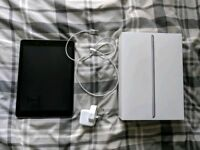 "iPad (2017) 9.7"" 32gb Space Grey"