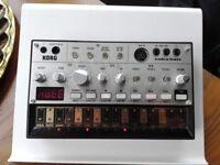 Korg Volca Bass + Power supply