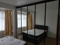 Spacious Double Room with 6 door wardrobe