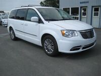 2014 Chrysler Town & Country Touring-L CUIR A/C MAG CAMERA DE RE