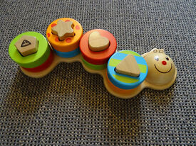 Early Learning Centre (ELC) - Wooden Sorting Caterpillar Toy