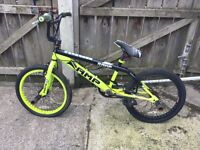 Boys yellow & black Amp bmx with stunt pegs for repair of parts £30 no offers