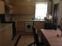One double room to rent in cheetham hill looking Muslim house mate