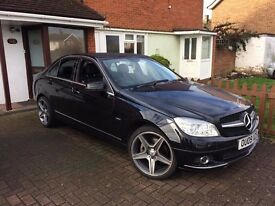 Mercedes C Class 220CDi | Diesel | Black | 99,000 Miles | FSH | MOT til 03/2018 | Great Condition