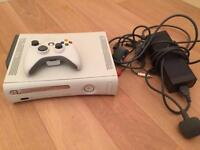 Xbox 360 console CAN DELIVER with original controller and wires