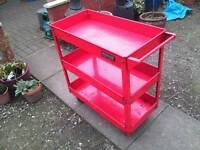 Tool service trolley