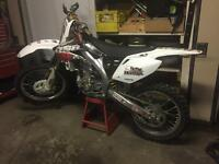 MINT 2006 Honda CRF450 R Lots Of Upgrades  and Extras SELL ASAP