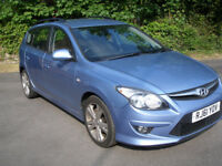 HYUNDAI I30 1.6 CRDI PREMIUM * LOW MILEAGE DIESEL WITH FULL SERVICE HISTORY *