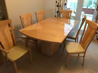 ALF Italian Beech Lacquered Extendable Table With 2 Carvers And 6 Chairs
