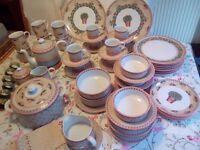 Villeroy and Boch dinner service, tea set and mugs - Switch Four Naranja pattern - Job lot!
