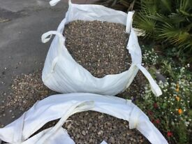 1 Ton Builder's Bag Pebbles 20mm