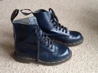 TredAir boots size 4, darkest navy/black. Doc Marten style Very good cond. See pics.Collect Digby