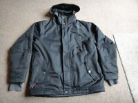 Gents quality TOG 24 winter / ski jacket size large, black with hood in very good condition