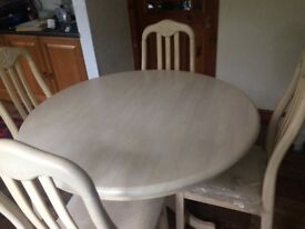 Lovely table and 4 chairs £150. Ono.