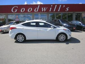 2013 Hyundai Elantra GL! BLUETOOTH! HEATED SEATS!