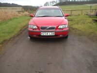 Volvo V70 Estate old but sound