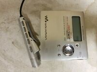 Sony Walkman mz-r909 mini disc player