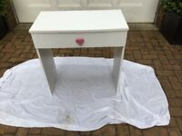 white child size desk with drawer.