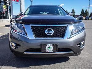 2015 Nissan Pathfinder Platinum, only 23,276 km,  Leather, Navig