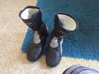Sidi size 11 (47) motorbike boots