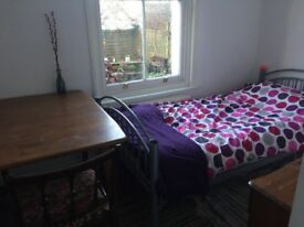 SINGLE Room, Garden View, Central, Elm Grove, Hanover, Brighton