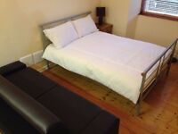 SPACIOUS STUDIO/ROOM IN WEST END - AVAILABLE 12TH JULY - £525