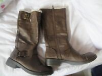 Rocket Dog long brown boots size 8 (41)