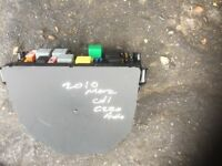 fuse box gumtree 2010 mercedes c220 cdi back and front fuse box avalaible each £90