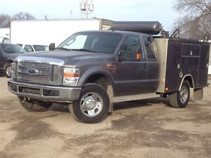 2009 Ford F-350 XLT | Supercab | 4WD | UTILITY TRUCK