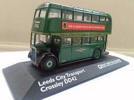 Leeds city transport Crossley DD42 Bus great British buses diecast vehicle model