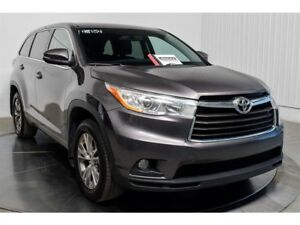 2015 Toyota Highlander LE AWD V6 8 PASSAGERS CAMERA RECUL MAGS